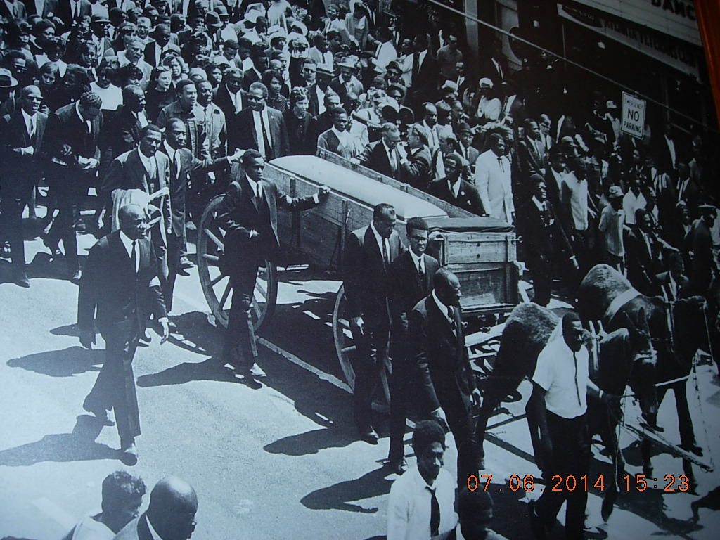 MLK Horse-drawn Coffin