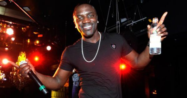 """Akon's """"Solar Academy"""" To Supply Electricity To 600 Million Africans"""