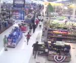 Mob rampage at Macon Wal-Mart - YouTube (1)