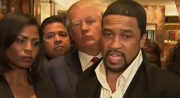 Trump Supporting Pastor Lies About Meeting With Chicago Gang Members